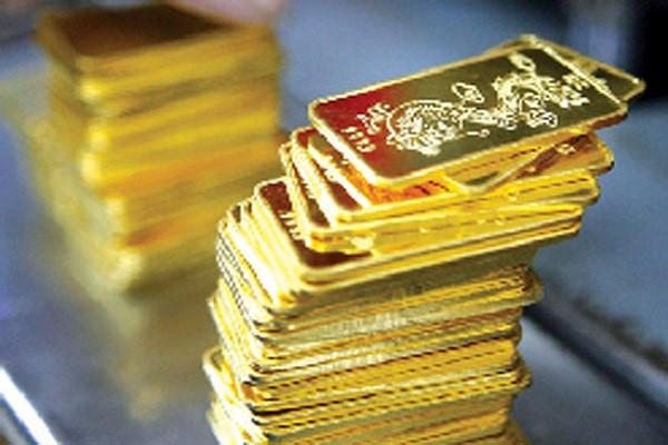 Khởi tố vụ vận chuyển vàng qua sân bay Nội Bài