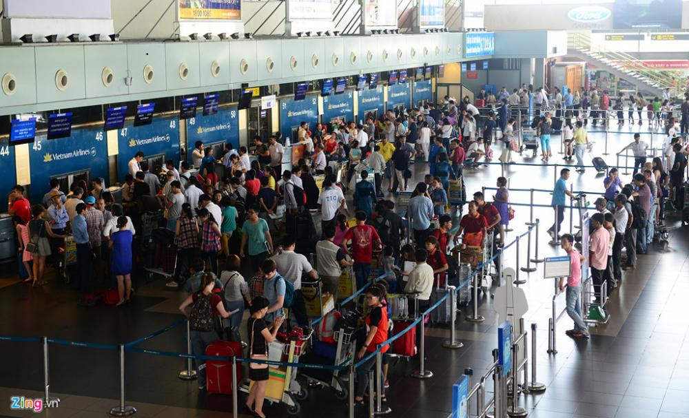 Hướng dẫn quy trình làm thủ tục tại sân bay Nội Bài